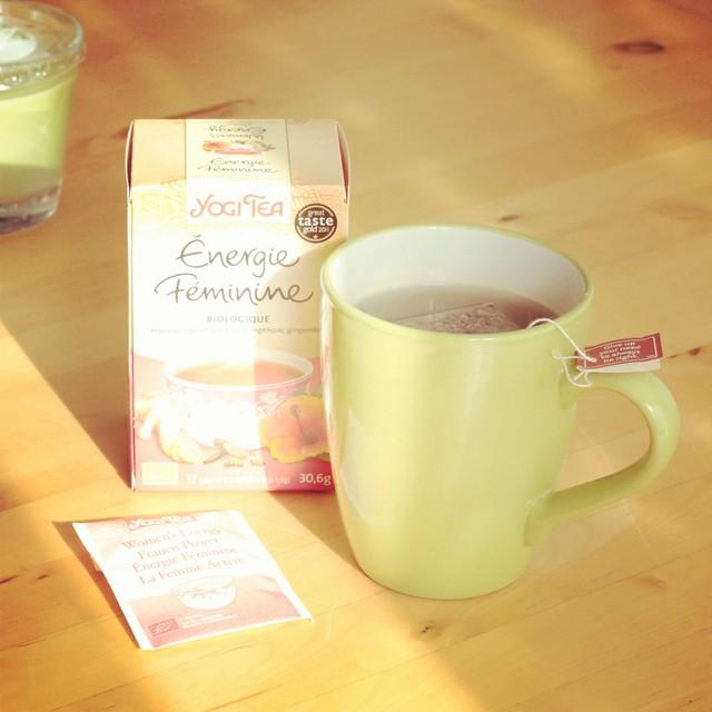 Qui veut une petite tasse de #yogitea #energiefeminine A la vôtre  #cupoftea