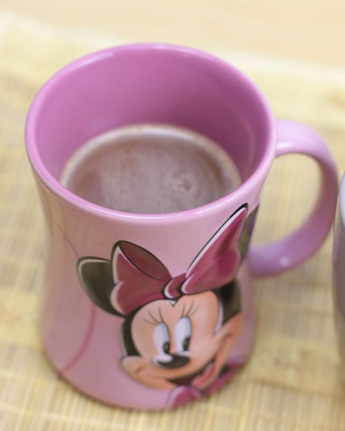 chocolat-chaud-mug-minnie-disney